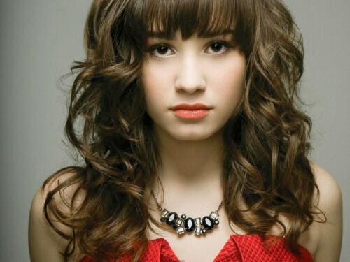 Daftar Lagu Demi Lovato Terbaik, Terpopuler dan Enak Didengar