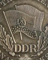 150c Medaille für treue Dienste in der Nationale Volksarmee für 10 Dienstjahre www.ddrmedailles.nl