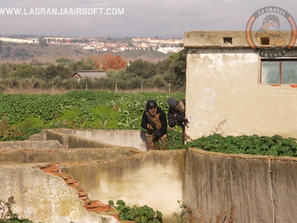 OPERACIÓN PEREGRINO. FOTOS. LA GRANJA. 30-11-14. PICT0079