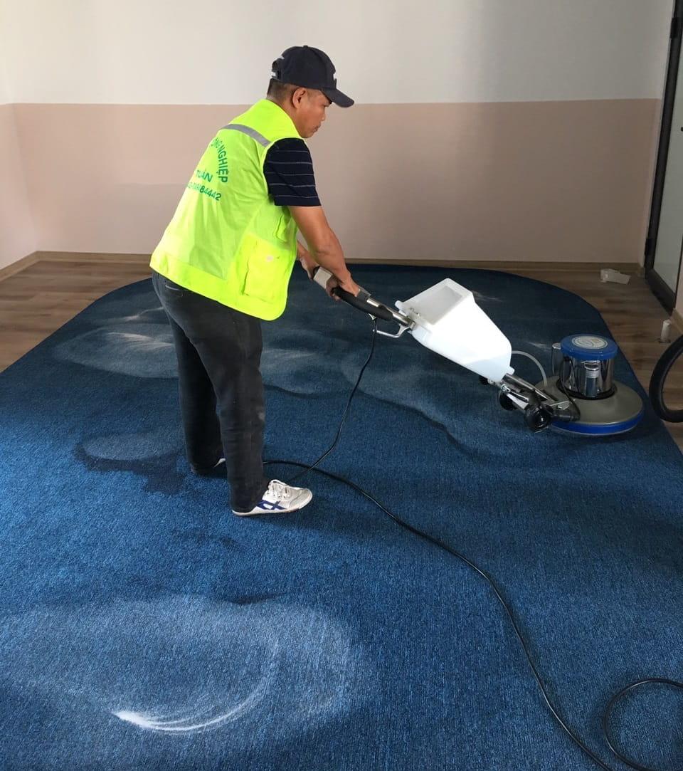 Giặt thảm tại nhà Duy Tuấn