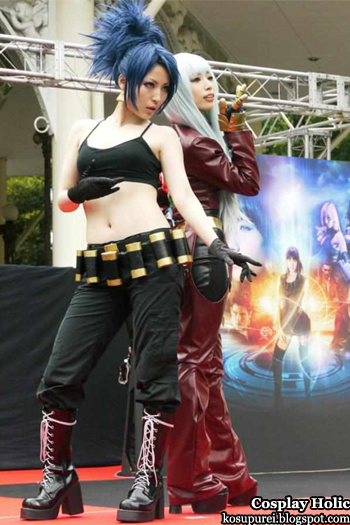 the king of fighters xiii cosplay - leona heidern and kula diamond