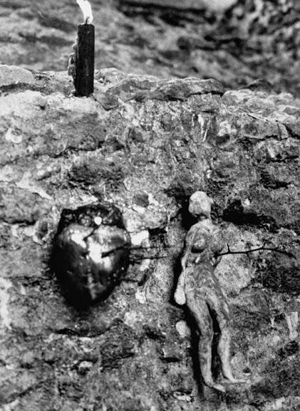 Itens wiccanos encontrados em uma construção abandonada, 1964