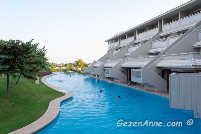 direkt havuza açılan deluxe odalar, Hilton Dalaman Sarıgerme