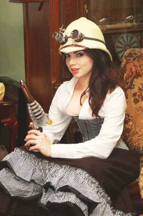 Sexy Steampunk Girl 33