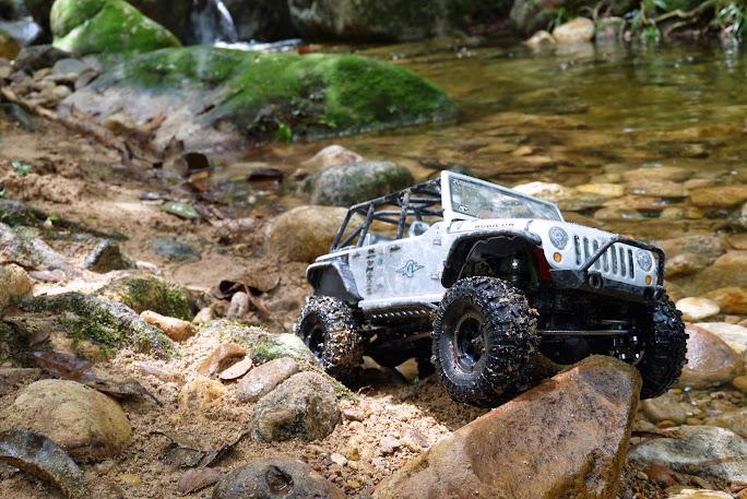 jeep - Axial Jeep Borneo escapade P1020507