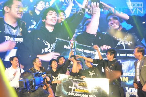 LMHT: Nhìn lại giải vô địch Đông Nam Á qua ảnh 37