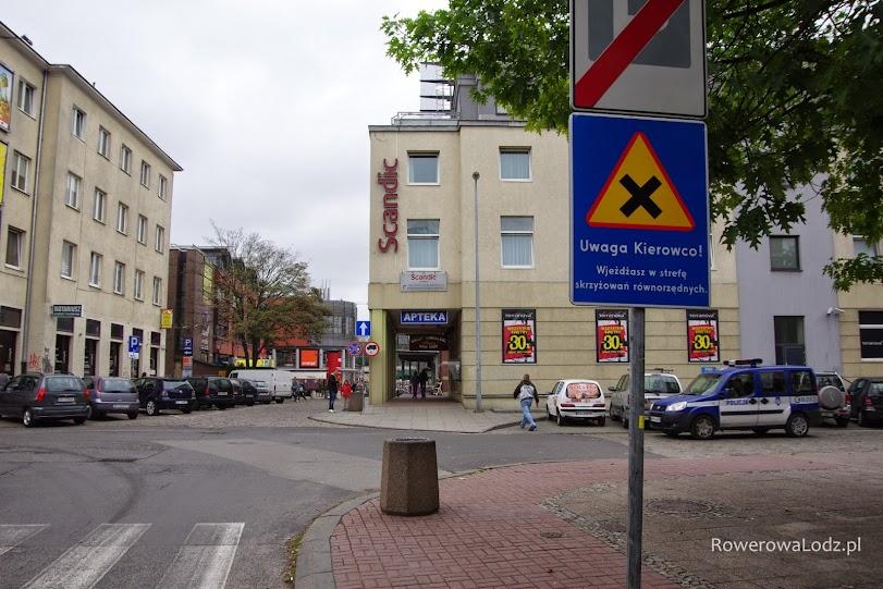 Strefy skrzyżowań równorzędnych to nic nowego w tym mieście.