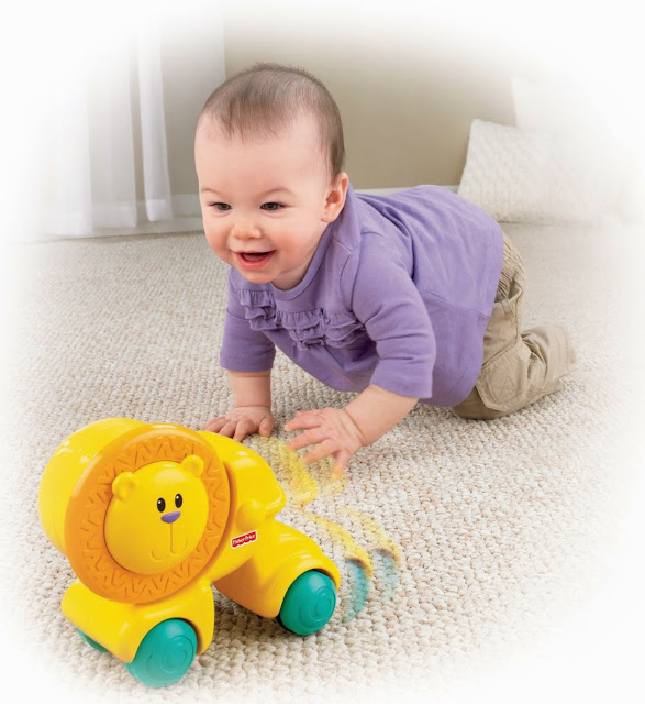 Đồ chơi Sư tử dễ thương Press & Crawl Lion Fisher Price giúp bé nhà bạn phát triển toàn diện