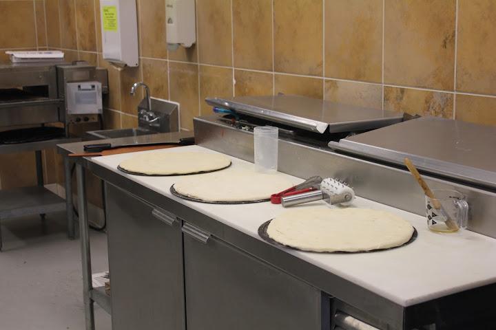 Pizanos Pizza