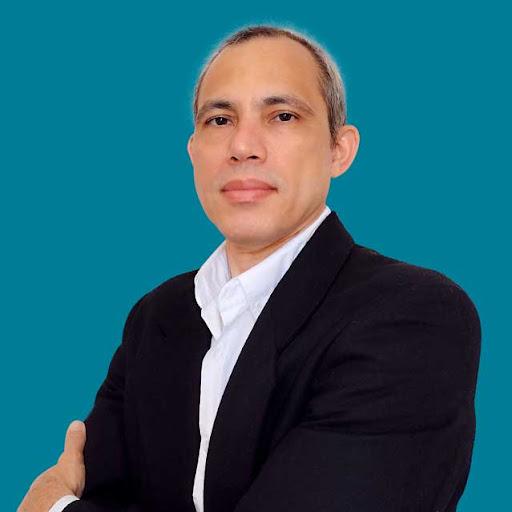 Gerardo Junior Photo 19