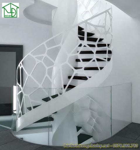 Mẫu cầu thang bằng gỗ cắt CNC