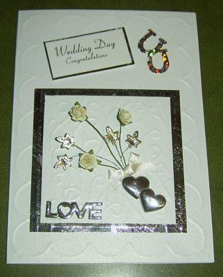 Invitación corazones para boda