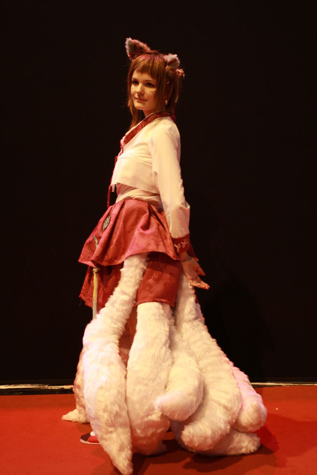 Nàng cáo chín đuôi đáng yêu đến từ nước Pháp mộng mơ - Ảnh 2