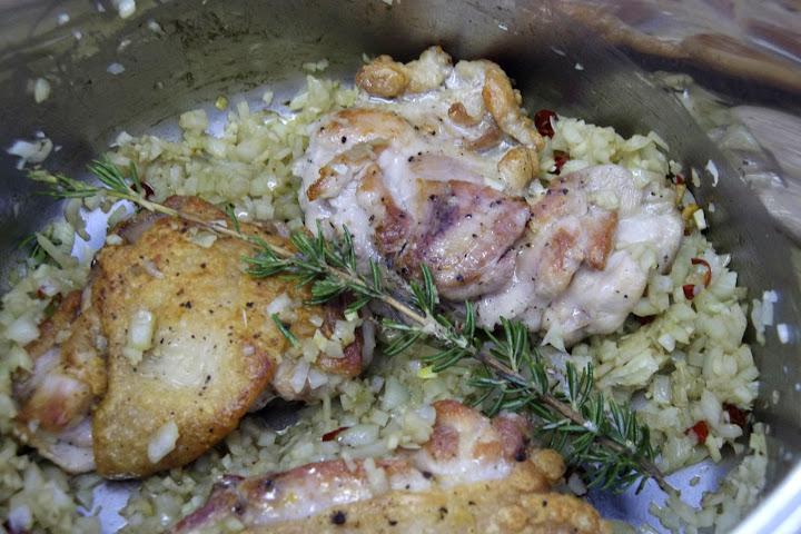 写真:鶏肉料理