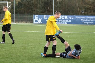 http://www.voetbaltrainingen.net/