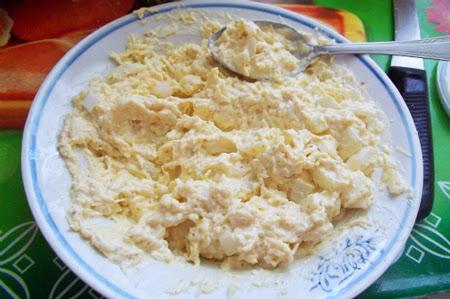 куриные бедрышки в сырном соусе в мультиварке