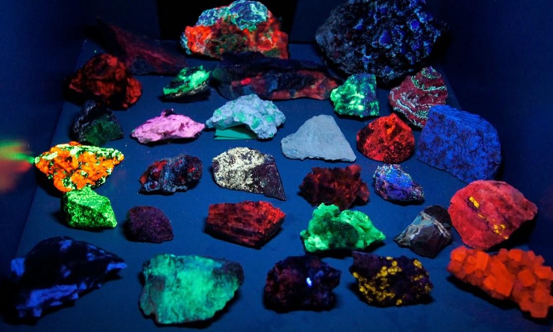 Colección de Minerales Fluorescentes - Página 3 _DSC3914
