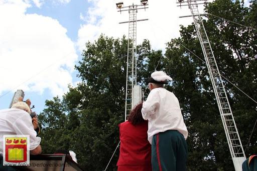 Koningschieten Sint Theobaldusgilde overloon 01-07-2012 (34).JPG