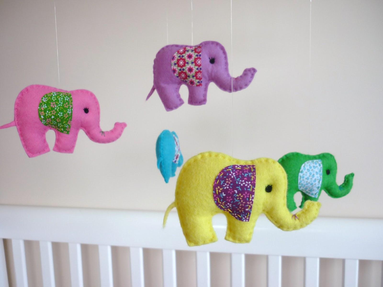 Maisie moo new rainbow baby elephant mobile - Movil para cuna bebe ...