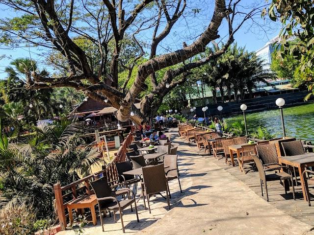 Zephyr Coffee & Restaurant
