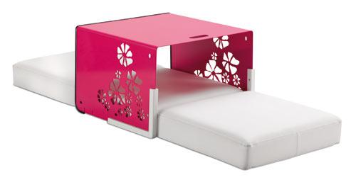 Кубирай се с EGO PARIS - шезлонг, маса, табуретка и фотьойл в едно
