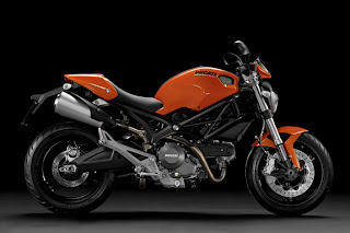 Ducati-Monster-696-Modification-2011