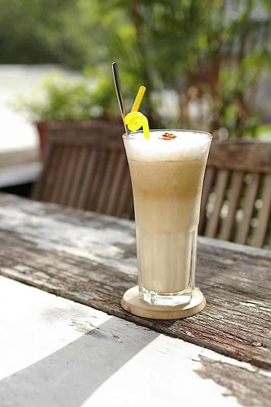 咖啡 海邊