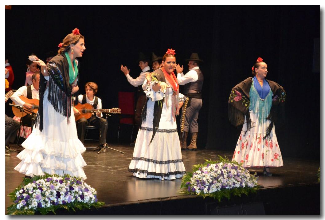 Resultado de imagen de Grupo de Danzas 'Ciudad de Dos Hermanas'