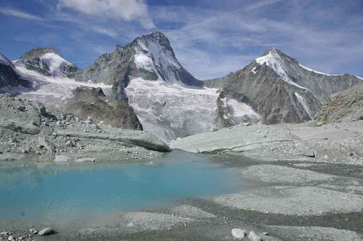Joli lac glaciaire