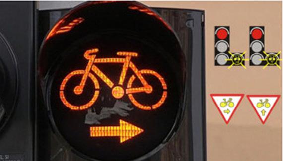 Los ciclistas de algunas ciudades francesas pueden girar a la derecha o ir hacia delante con el semáforo en rojo