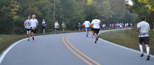 Medoc Trail Race: Starting on Pavement