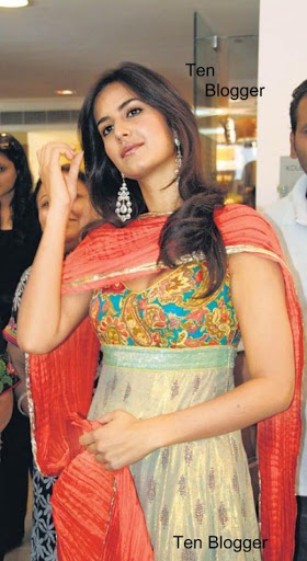 Bollywood Actress Katrina Kaif in Punjabi Suit