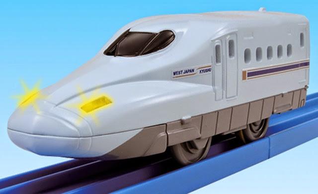 Tàu hỏa có đèn Mizuho Serie N700 đầu thuôn nhọn, đẹp mắt