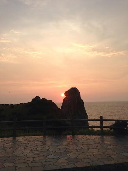 壱岐の猿岩と夕日