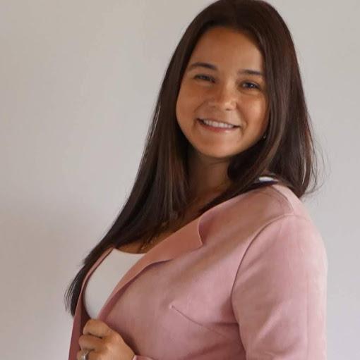 Karol Mendez Photo 17
