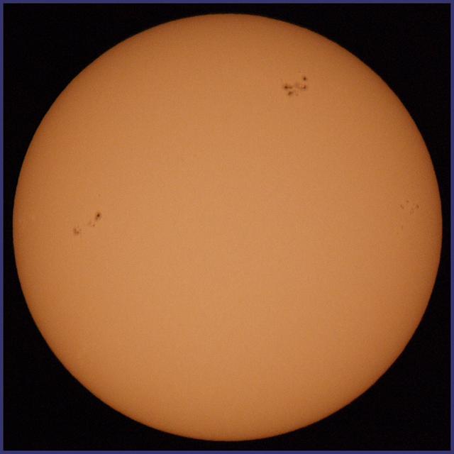 El Sol, 6 Marzo de 2011. S-0185