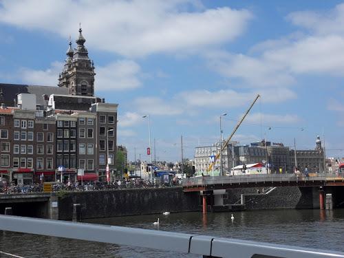 Amsterdam da lontano l'ingresso della città