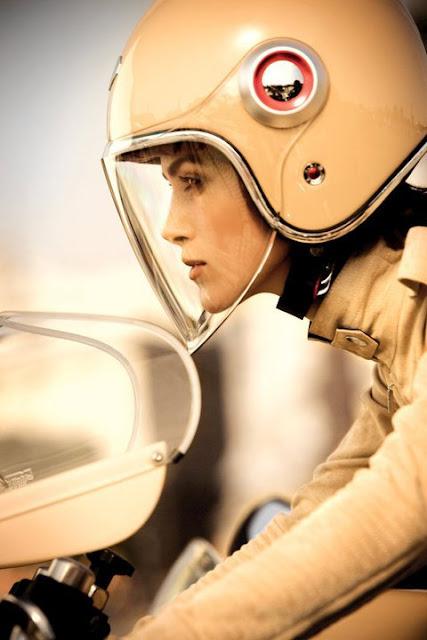 Keira Knightly Chanel