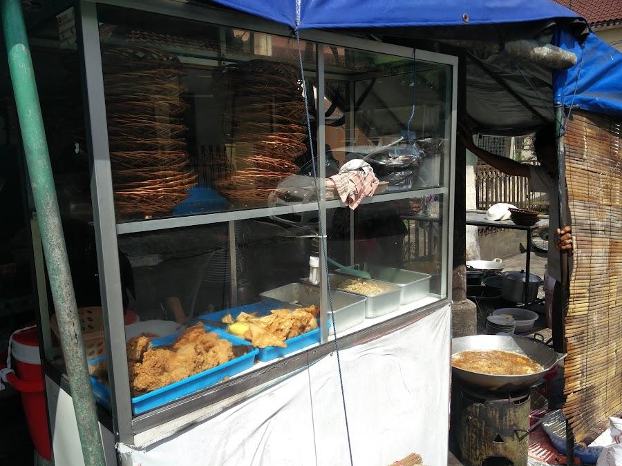 Tenda Biru Ayam Geprek