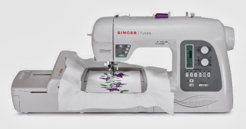 SINGER Futura XL-550 Computerized Sewing and Embroidery Machine with 18.5-by-11-Inch Multihoop Capability including 2 Hoops, 215 Stitches, 125 Embroidery Designs, 20 Monogramming Fonts