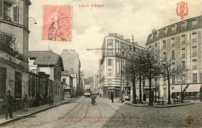 La place Moro Giafferi en 1905 (carte postale transmise par Huguette LE BAYON - DAL BOSCO)
