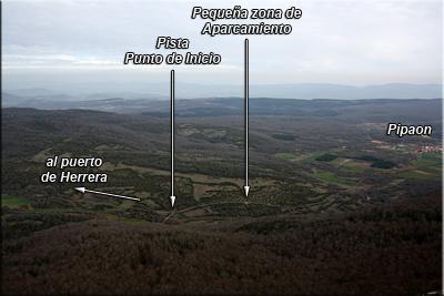 Vista de Pipaon y la zona de aparcamiento desde la cima