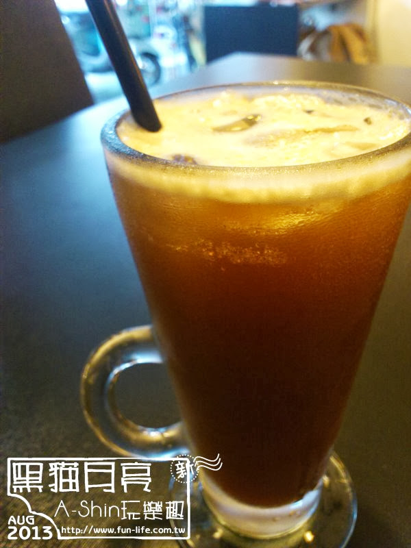 黑貓月亮咖啡館-長島冰咖啡