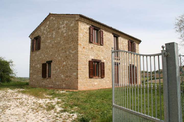VILLA GIRASOLE  Price Reduced.....NEW PRICE 500.000 €