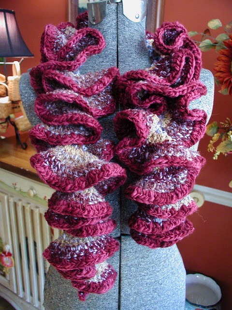 Crochet Vs Knit Scarf : ... crochet mojo going with another ruffle scarf Crochet Vs Knitting