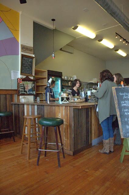 Cafe Near Macarthur Bart