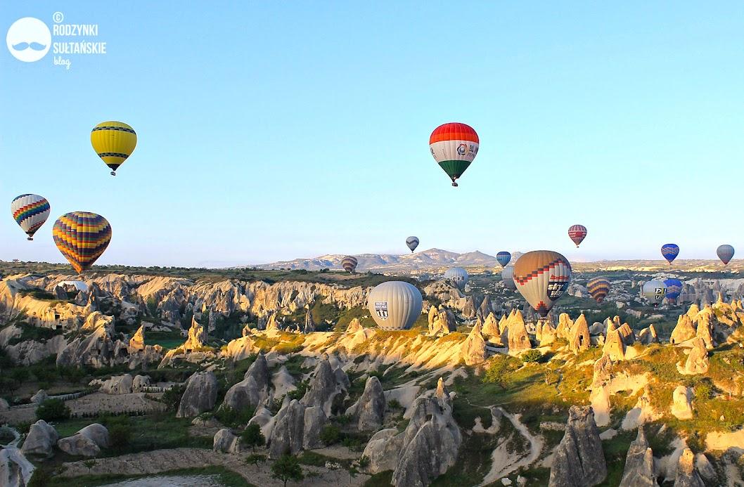 Lot balonem nad Kapadocją.