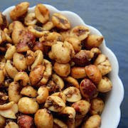 К чему снятся лесные орехи?