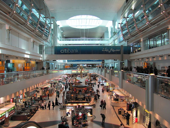 Interior of main terminal at Dubai International Airport, Wikimedia Commons, 22 March 2011 by Orderinchaos