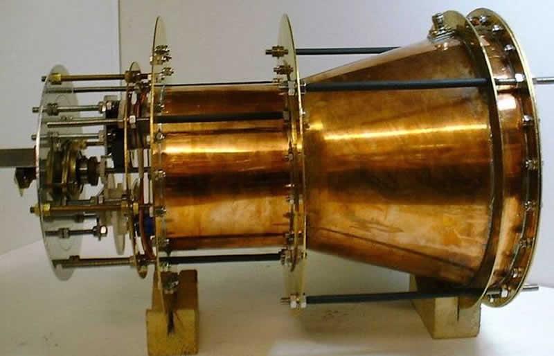 EmDrive creado por el ingeniero británico Roger Shawyer en 2006